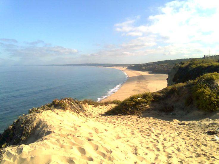 As praias de nudismo mais populares do mundo. Praia do Meco, Portugal