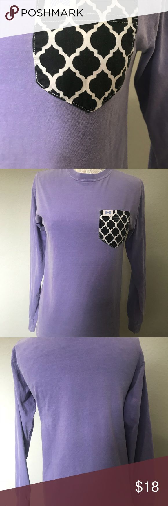 Longsleeve fraternity collection size small Lavender long sleeve T-shirt from fraternity collection size small, 100% cotton front pocket has black and white keyhole design, gently worn no stains, Tops Tees - Long Sleeve