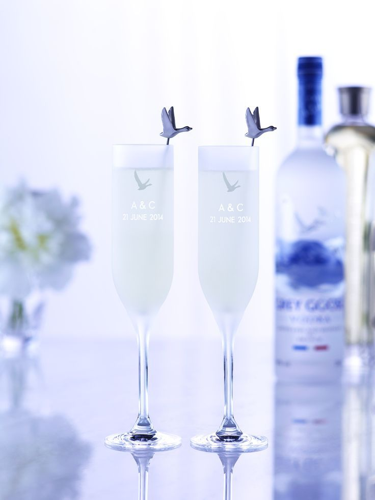 GREY GOOSE Le Fizz, in personally engraved flutes. Achieve the extraordinary. #FlyBeyond
