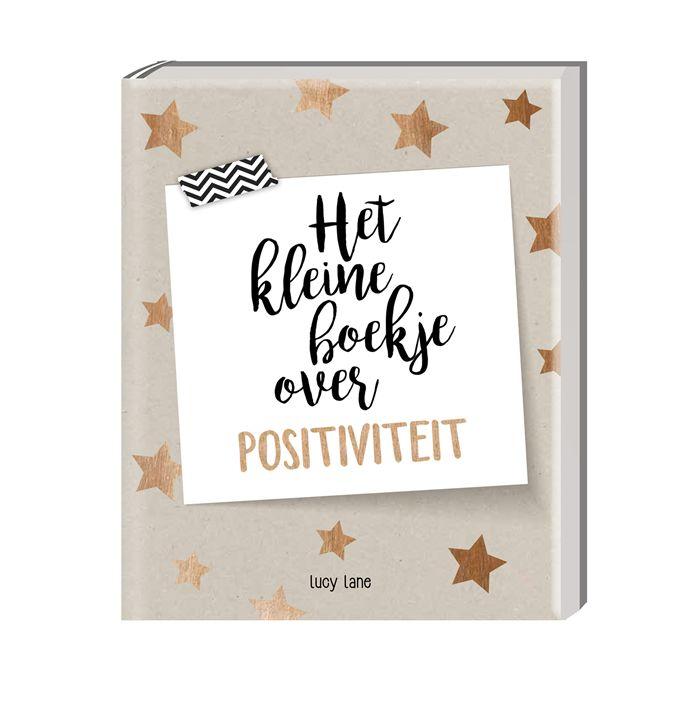 Het kleine boekje over positiviteit. In een wereld waarin we continu bezig zijn met werk en zorgen, hebben we allemaal zo nu en dan een oppepper nodig om ons gelukkiger te voelen. Dit boekje vol inspirerende citaten en simpele, gemakkelijk uitvoerbare tips is een praktische leidraad om positief te denken en evenwichtiger in het leven te staan. Boekje van 13 x 16 cm. Gebonden, bevat 80 pagina's.