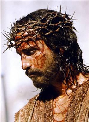 Jim Caviezel como Jesus (filme A Paixão de Cristo)