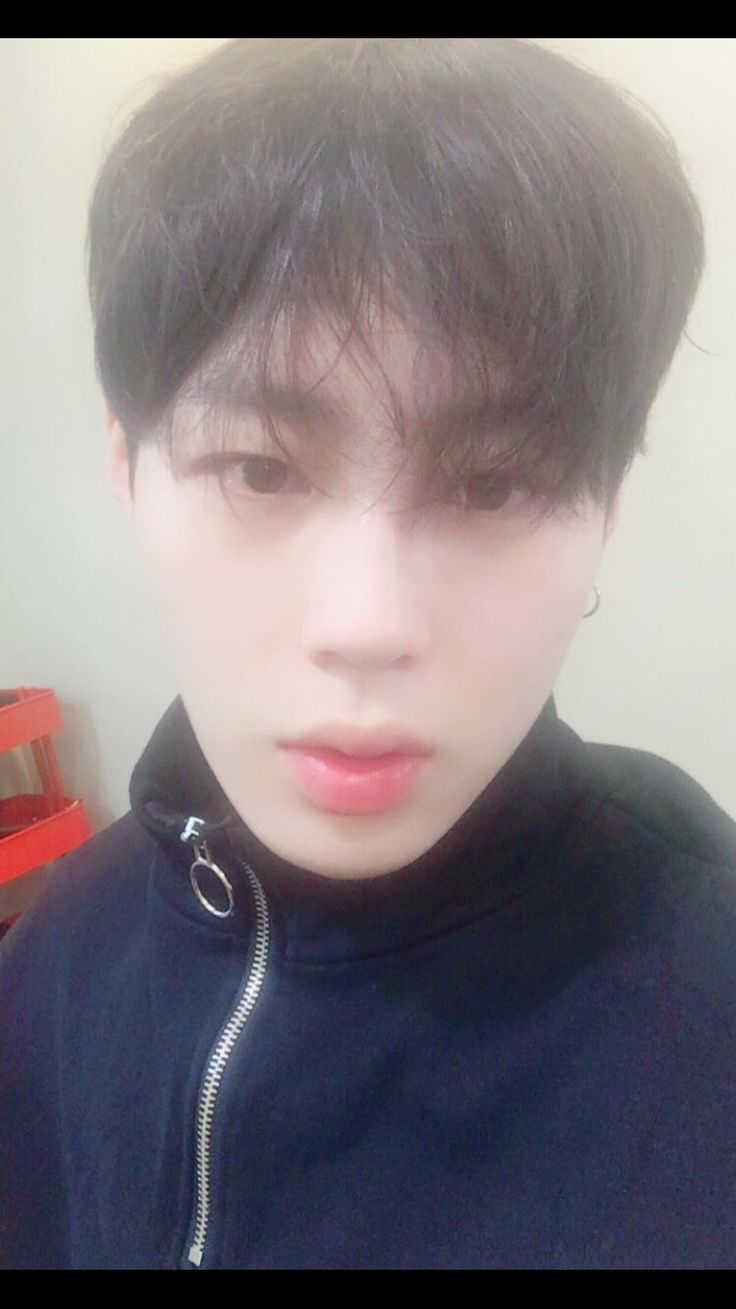 Hotshot Sungwoon on Twitter #hotshot #kpop #sungwoon