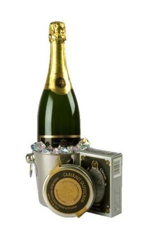 Simply Elegant Champagne Gift Basket