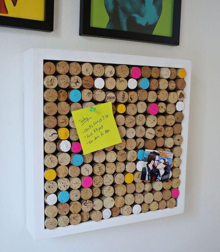 Dale a tu hogar un toque DIY con corchos de vino Sigue leyendo: http://www.habitissimo.es/ideas/dale-a-tu-hogar-un-toque-diy-con-corchos-de-vino#ideasHabitissimo