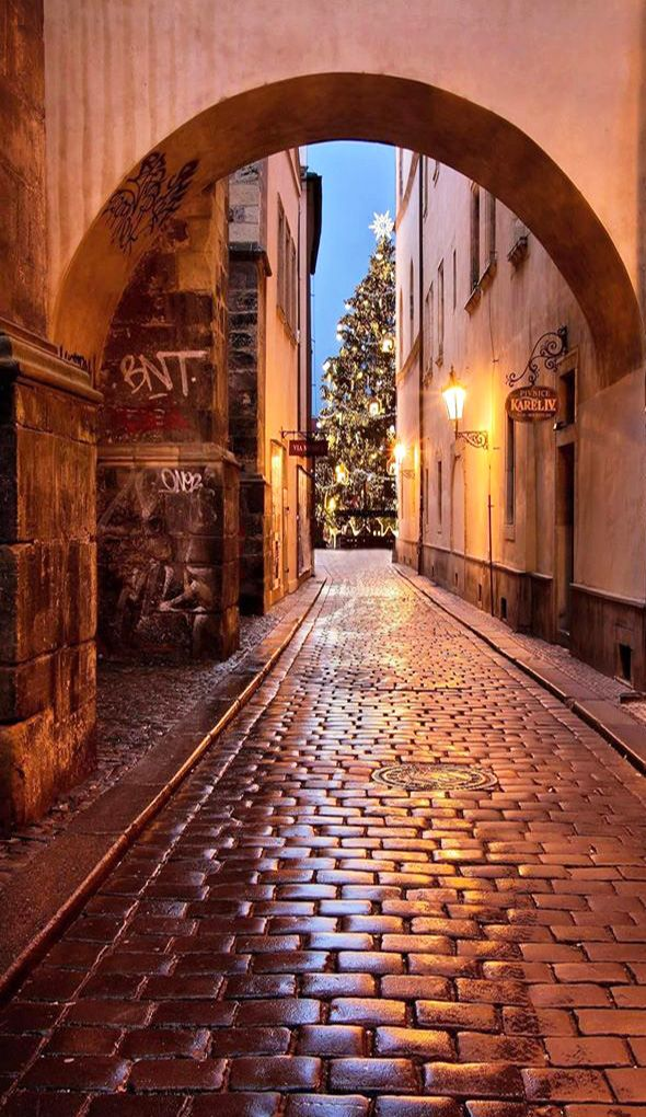 Christmas time in lanes of Old Town, Prague, Czechia #city #cityscape #prague…