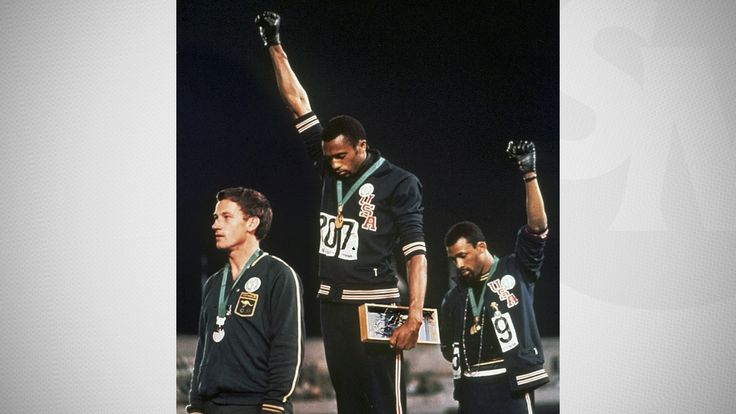 Tommie Smith brings 1968 protest 'full circle' with Raiders ceremony in  Mexico City | NFL | Sporting News