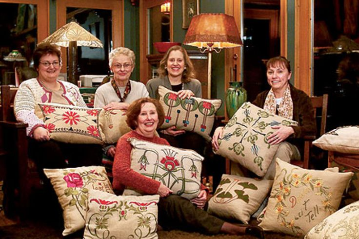 Women of today's Seattle Arts and Crafts Guild meet regularly to discuss their latest pillow projects. Photo by William Wright.