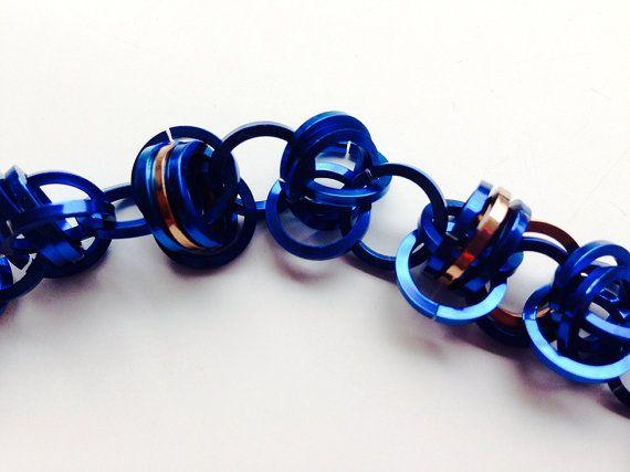 Blauw-koperen ketting van grote aluminium ringen van Misome op Etsy