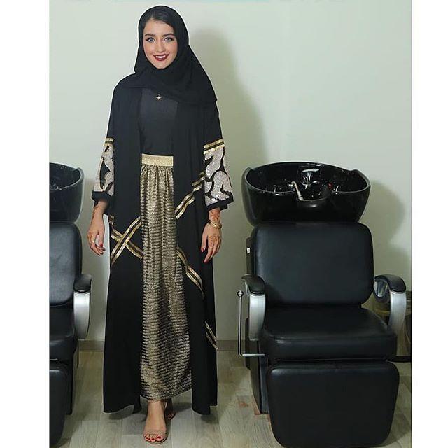 Repost Kam 227 بالأمس كنا في صالون ڤانيتي لاب بالعدلية مقابل نيويورك كافيه صالون جميل و طبعا الأحلى أن موظفاته دايما متعا Fashion Hijab Fashion Abaya Designs