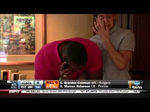 ESPN showed the highly emotional moment Sam received the call from the Rams. | Watch The First Gay Player Drafted Into The NFL Get The News, Cry, and Embrace His Partner #Equality #NoH8 #yaaassss
