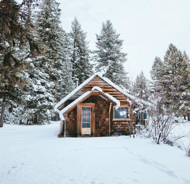 www.littlerugshop.com Winter in Glacier National Park MT #stayandwander by alexstrohl