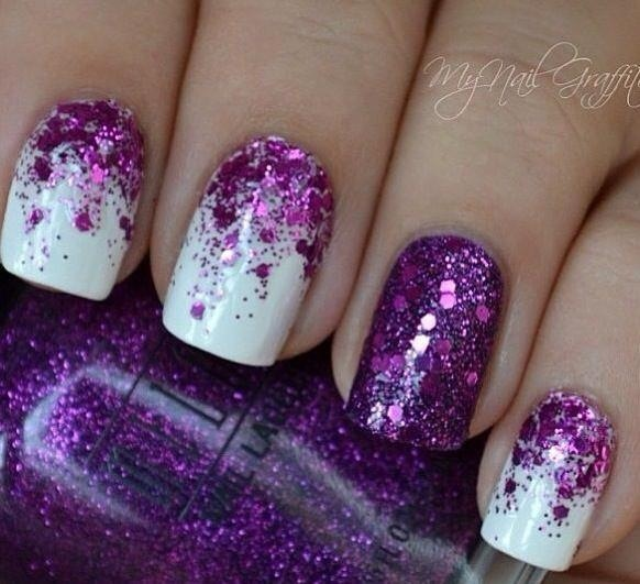 Paarse nagels