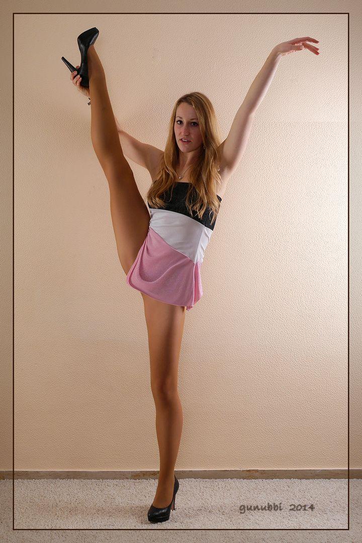 Freihändig gestandener Spagat Foto | Fashion, Ballet skirt