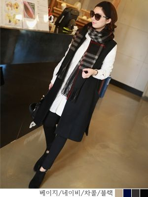 korean fashion online store [COCOBLACK] Bubba wool muffler / Size : FREE / Price : 39.07 USD #korea #fashion #style #fashionshop #cocoblack #missyfashion #missy #acc #muffler #check