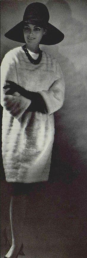 1963 Pierre Balmain