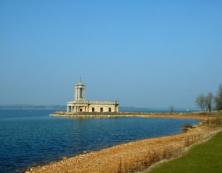 Britain's largest reservoir - and popular local attraction - includes Water Sports, Nature Reserves, Outdoor Adventure Centre, Cycling & Walking and Family Activities