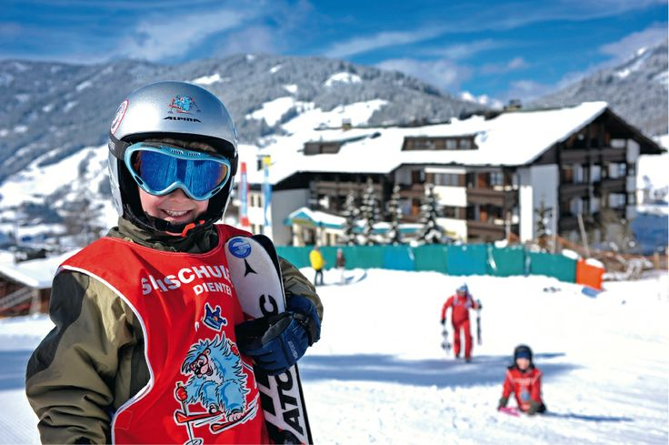 http://www.uebergossenealm.at/de-winterurlaub-salzburg-skischule.htm Lernen Sie das Skifahren direkt während Ihrem Urlaubes in der Übergossenen Alm!