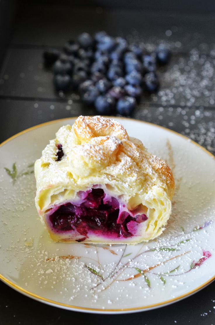 Ninas kleiner Food-Blog: Fruchtige Blätterteig-Käsekuchen-Päckchen