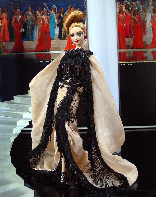 540 best barbie viii etc images on pinterest barbie doll fashion dolls and fashion. Black Bedroom Furniture Sets. Home Design Ideas