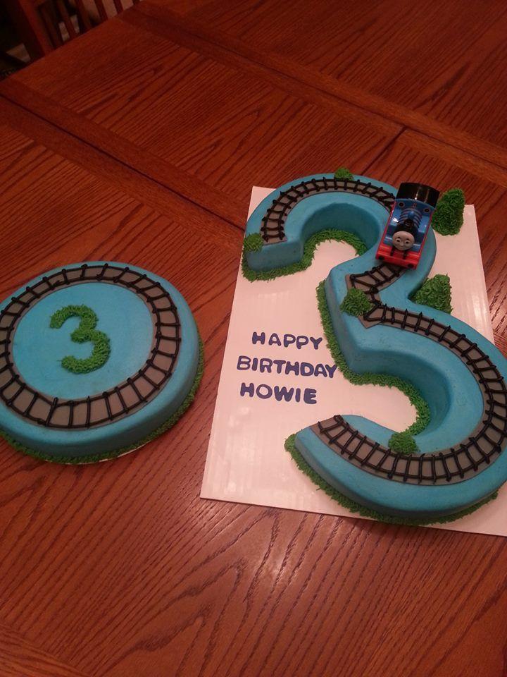 thomas the train cake with matching round cake
