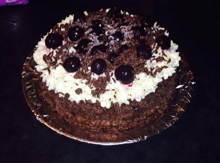 Cherries & cream cake