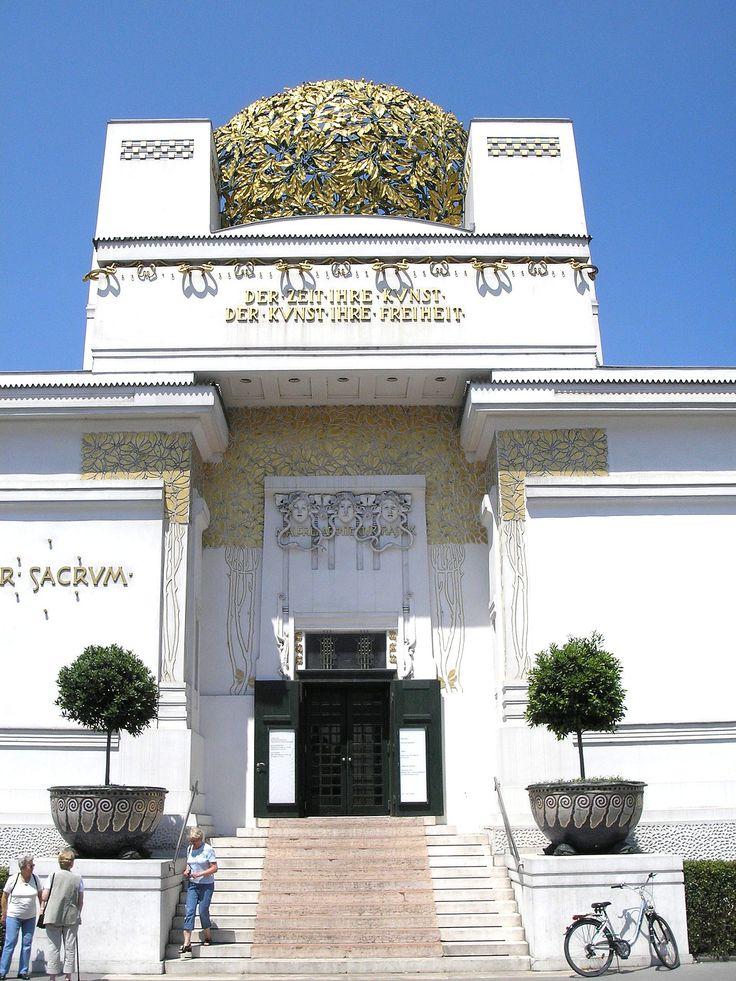 Il Palazzo della Secessione, Vienna, 1897.