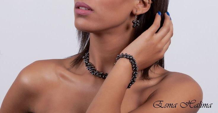 Metal Pearl #jewelry #joyas #wedding #boda #invitada #fiesta #style #fashion #necklace #chain #earring #accesories #accesorios #esmahalima