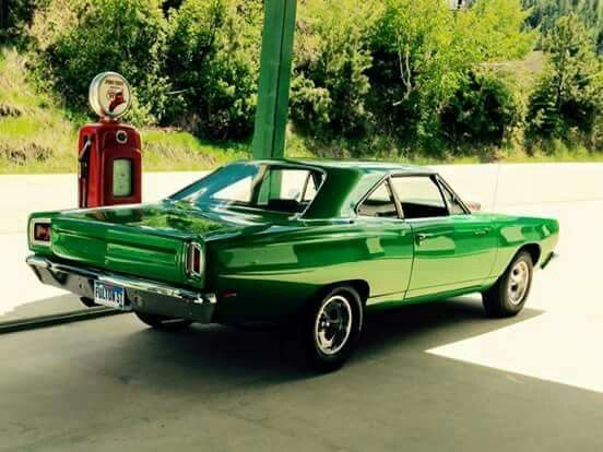 1969 Plymouth Road Runner 440 6BBL..Re-pin...Brought to you by #CarInsurance at #HouseofInsurance in Eugene, Oregon