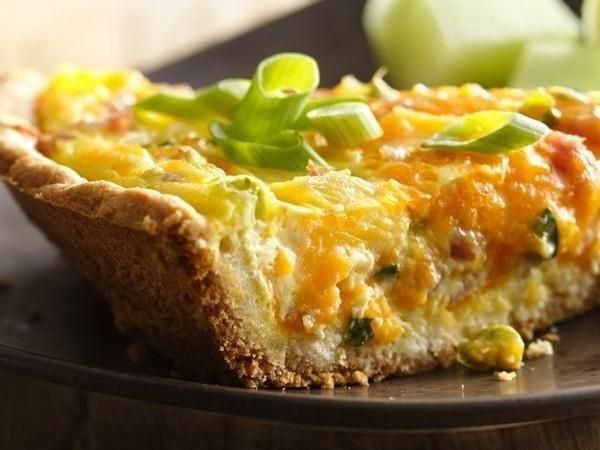 Ham, Pineapple and Cheddar Quiche - classic French breakfast using Bisquick® mix