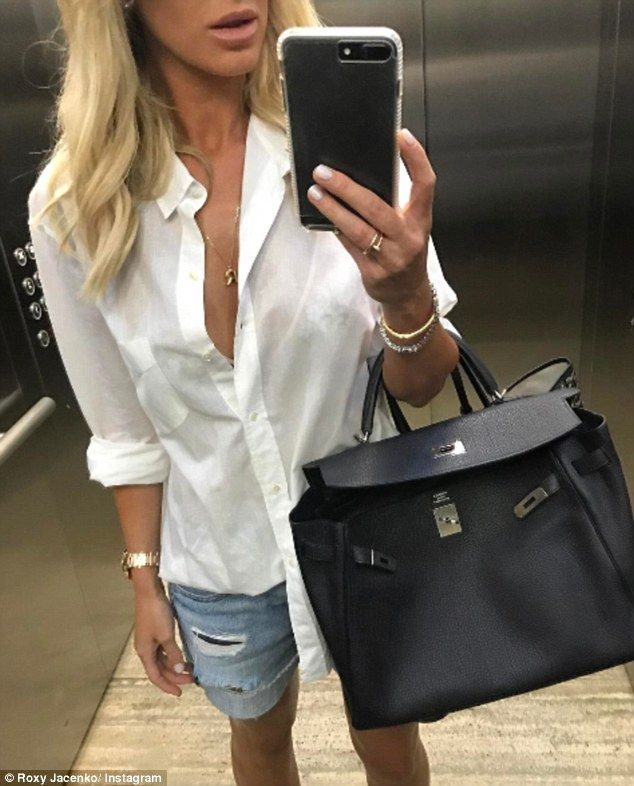 New trend: Roxy Jacenko has flooded her social media pages with almost 20 headless selfies...