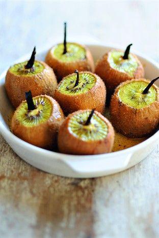Kiwis rôtis à la vanille Livre : 1001 idées pour cuisiner sans se ruiner Ed. Larousse Cuisine