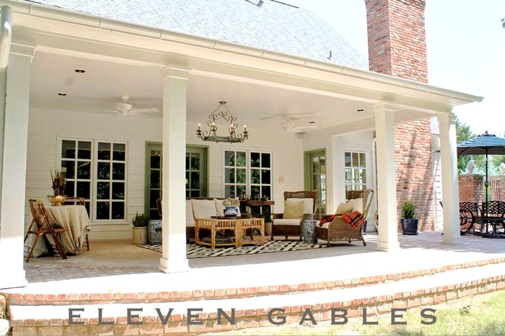 I LOVE This Back Porch! Eleven Gables Back Porch Patio Outdoor Living Room