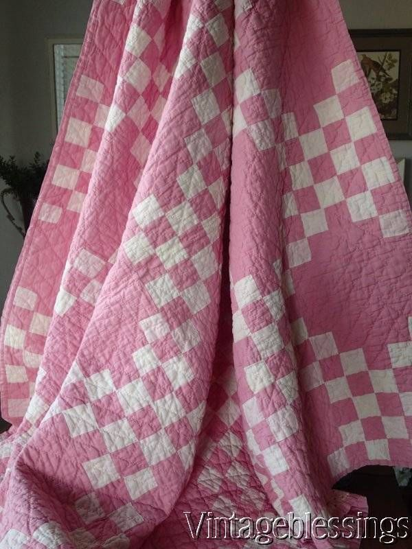 Pretty Cottage Home! Vintage 30-40s Pink Irish Chain QUILT Gift Quality www.Vintageblessings.com