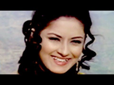 Biography-Moushumi Chatterjee {The Chirpy Diva}