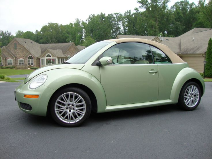 a882293987b91602fc0f43f8706d979b beetle convertible volkswagen beetles 107 best beetle buggin' images on pinterest beetle convertible 2007 vw beetle fuse box problems at eliteediting.co