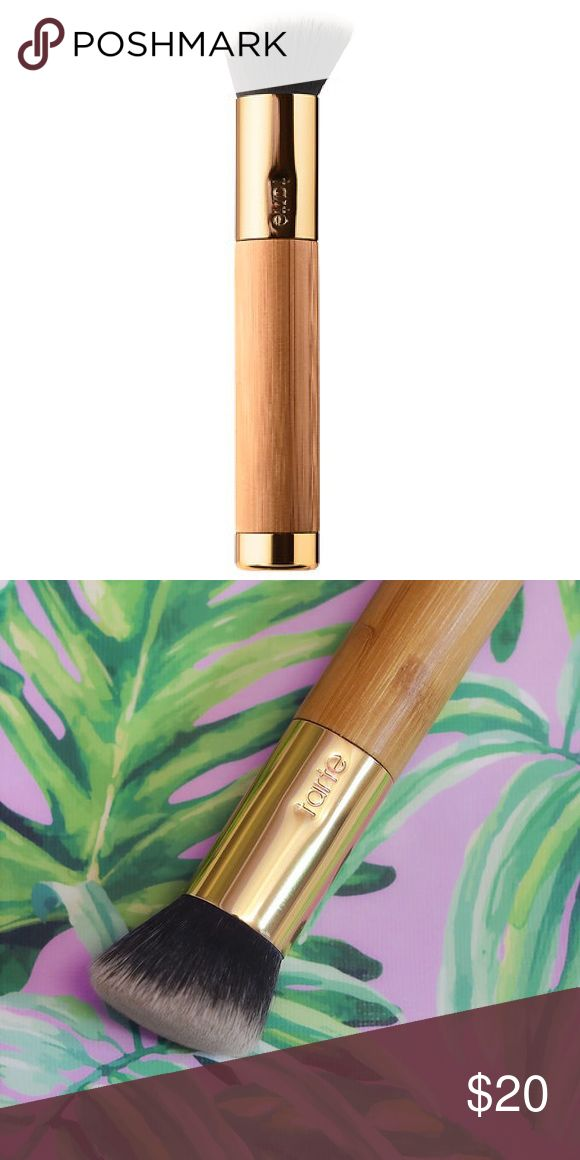 Tarte Smoothie Blender Foundation Brush New in Box!! Seamlessly buffs & blends foundation into a blur filter for your face. Pairs flawlessly with tarte's clay stick foundation. The secret's in the dense, angled bristle design that targets coverage where you want it. Use small, circular, blender-like strokes for a natural, cake-free look – just swipe, blend. Bundle and save or make an offer! tarte Makeup Brushes & Tools
