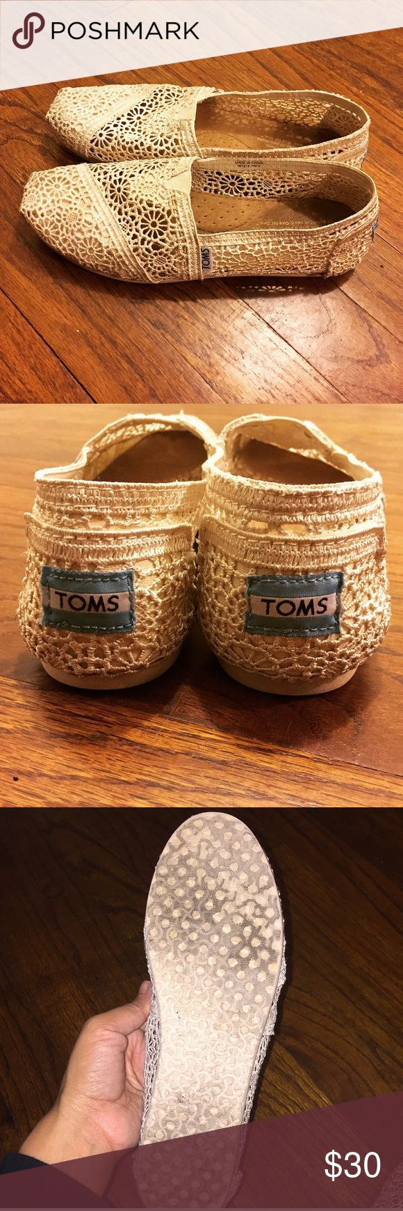 Cream Toms Pretty cream/off white  lace Toms 6.5 In great condition no rips. Some minor dirt spots, the camera couldn't pick up! Inside is normal wear. And bottom sole is good! Please see pics any ? Please feel free to ask! Needs a lil TLC and should be good. Super cute won't last long... offers accepted TOMS Shoes