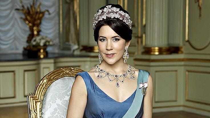 Offizielles Foto der Kronprinzessin Mary im Amalienborg Palast 2009. © dpa/polfoto Fotograf: Polfoto Steen Evald