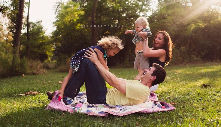 Real Family Photography  www.facebook.com/rachelvanovenphotography Rachel Vanoven Photography