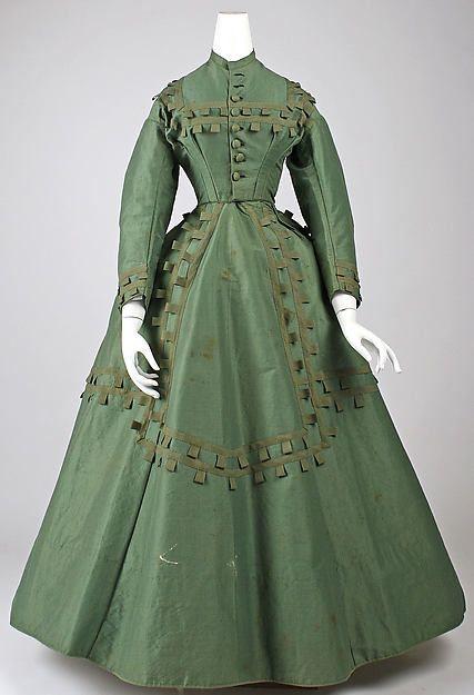 1864-65 Green silk, wool & cotton day dress, MetMus.