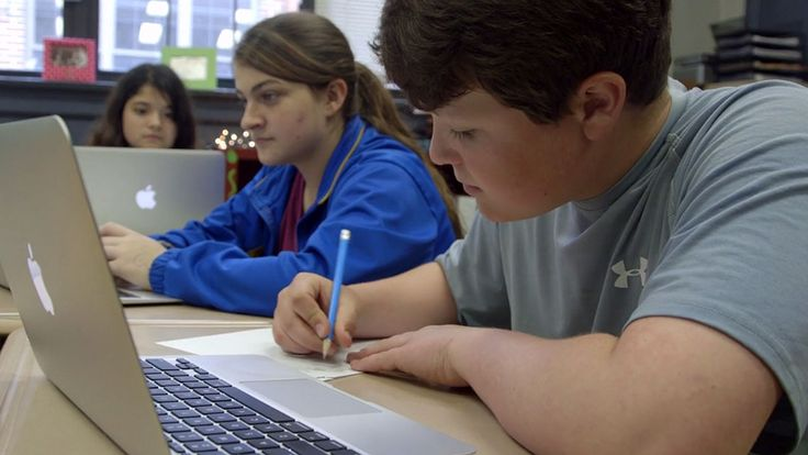 Students at Piedmont High School have Macbook Airs that they can take home and use to access information and homework on the internet. (League of Innovative Schools)