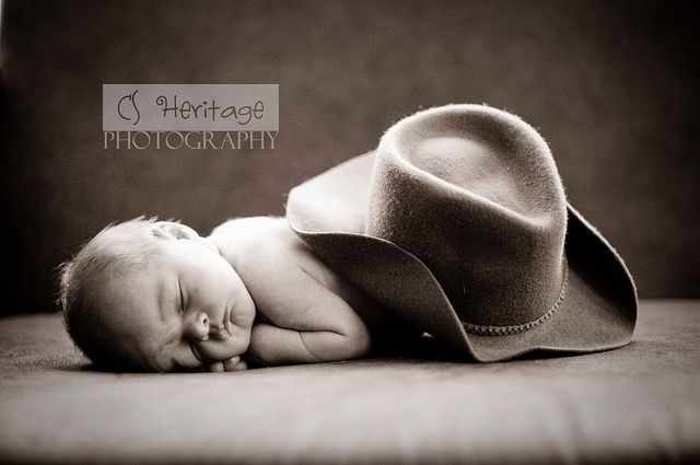 Newborn cowboy hat-I have an idea similar to this for when mine is born....Imagine that!