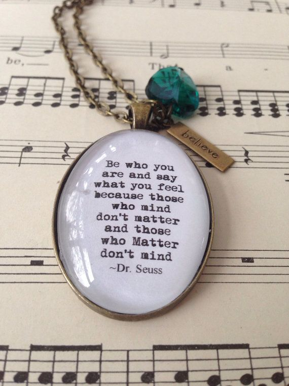 Marilyn Monroe quote necklace keep smiling by MummybirdPretties