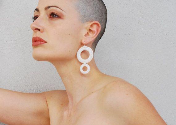 White Circles Drop Crochet Earrings / Hoop by AliquidTextileJewels, €14.00
