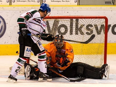 23. Februar 2013 Grizzly Adams vs Augsburger Panther 3:1