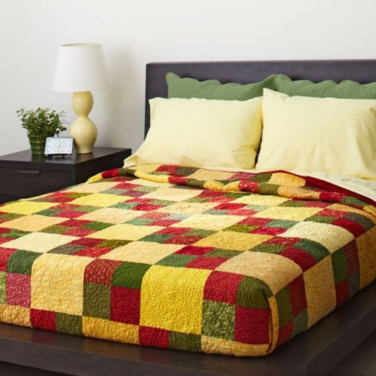 Free quilt patterns for king size bed woodworking for Bed quilting designs