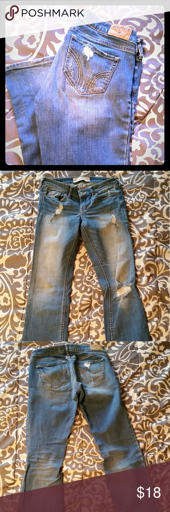 Hollister boot 5R These are boot cut, size 5 regular. The bottoms of them are cut, see pic. All of the holes in the jeans are factory made. Very nice pair of jeans! Hollister Jeans Boot Cut