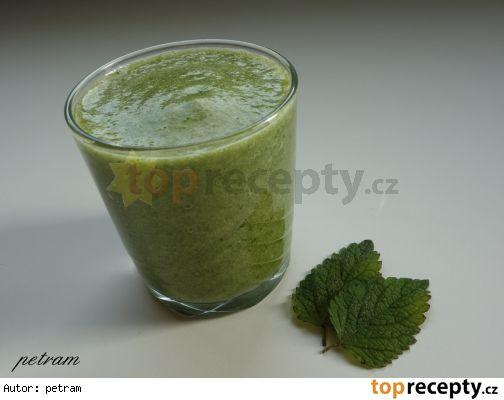 Zelené smoothie s meduňkou