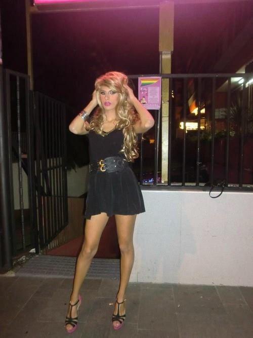 Crossdresser High Heels Pantyhose Mini Skirt Transvestite