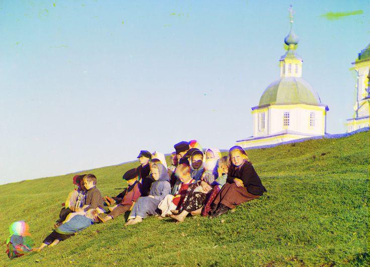 Russian children, 1909  Russia in color, a century ago - The Big Picture - Boston.com
